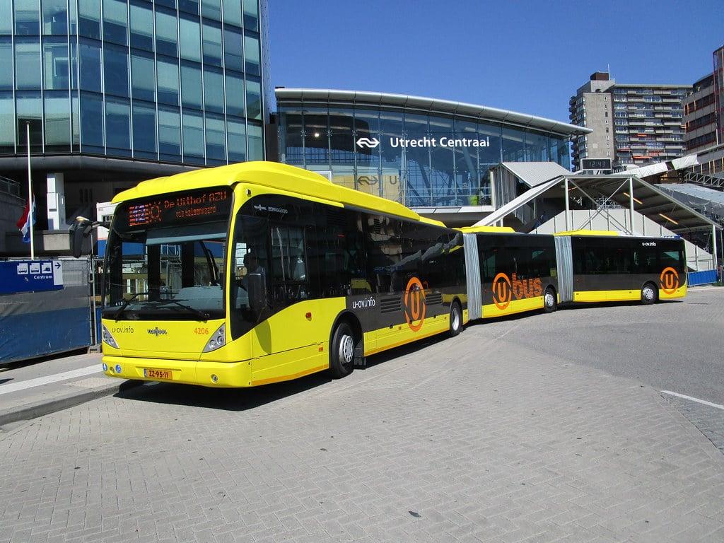 Qbuzz - U-OV l Vervoer bus l MondoMarketing