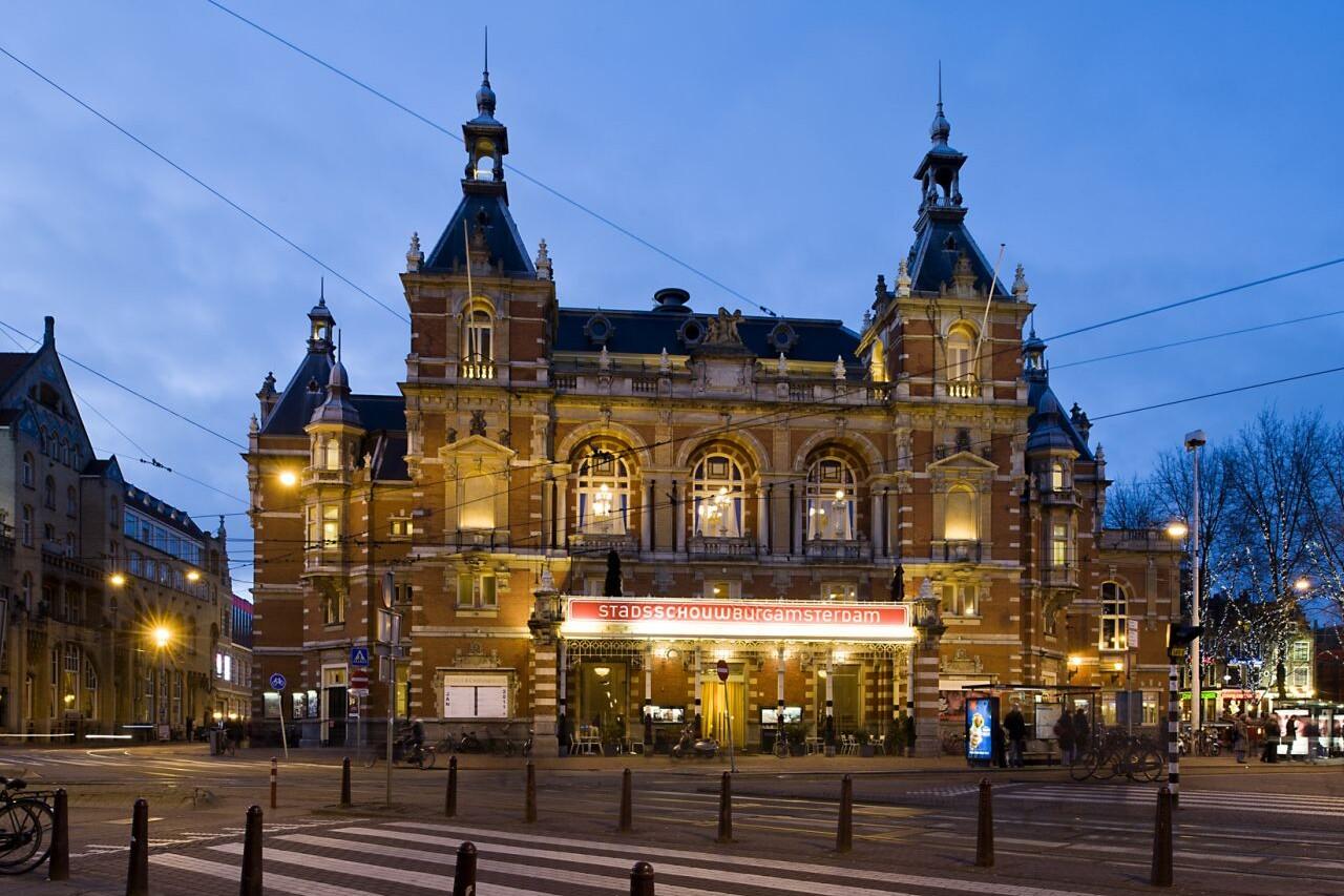Gebouw Stadsschouwburg Amsterdam l Voorstellingen l MondoMarketing l Performance Driven Digital Marketing Bureau