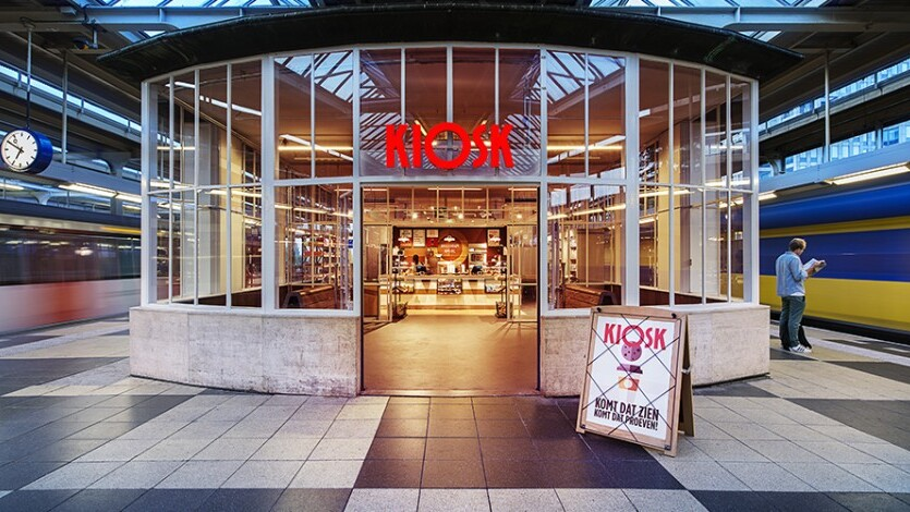 Kiosk Station Amsterdam Amstel l MondoMarketing l Performance Driven Digital Marketing Bureau