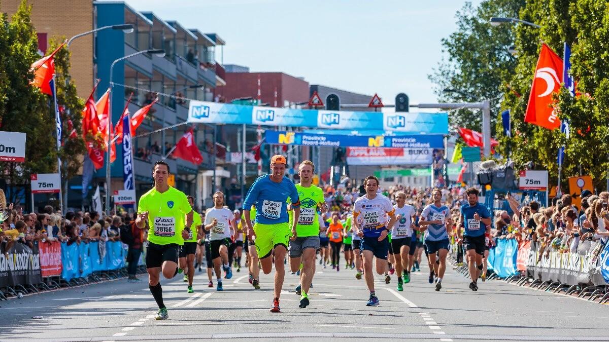 Le Champion l Hardlopen - wedstrijd l MondoMarketing l Performance Driven Digital Marketing Bureau
