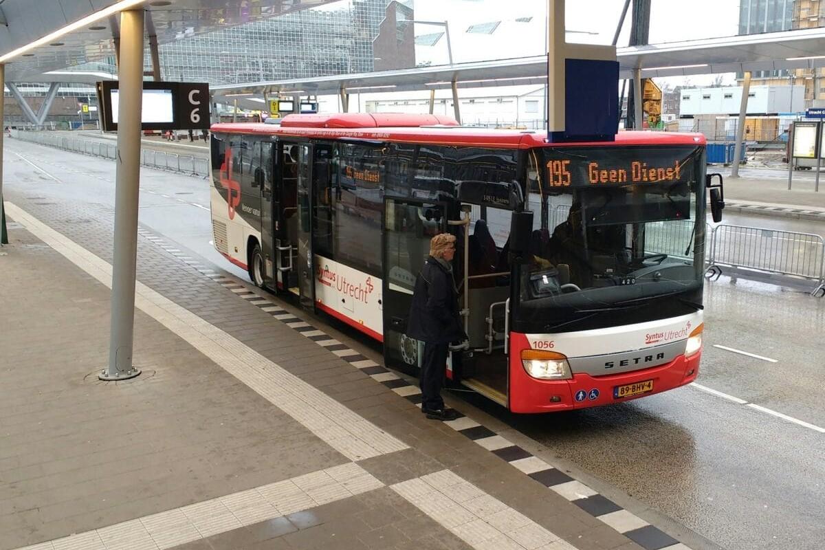 Syntus Utrecht l Utrecht Centraal -Bus 195 l MondoMarketing l Performance Driven Digital Marketing Bureau
